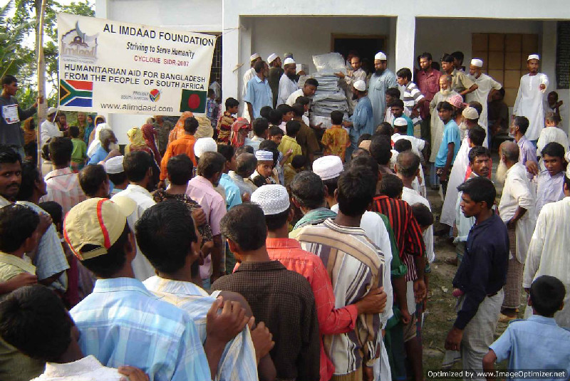 Cyclone Sidr - Distribution of Aid