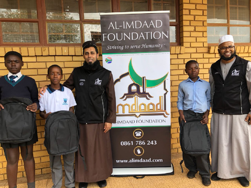 On Wednesday, February 7th , 2018, Al-Imdaad Foundation teams partnered with the Department of Education to distribute schoolbags at Enkanyezini