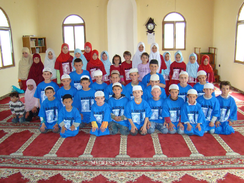 Al-Imdaad in Partnership with Rahma helps to educate the young and old on the importance of religion and living life in a righteous way in Albania